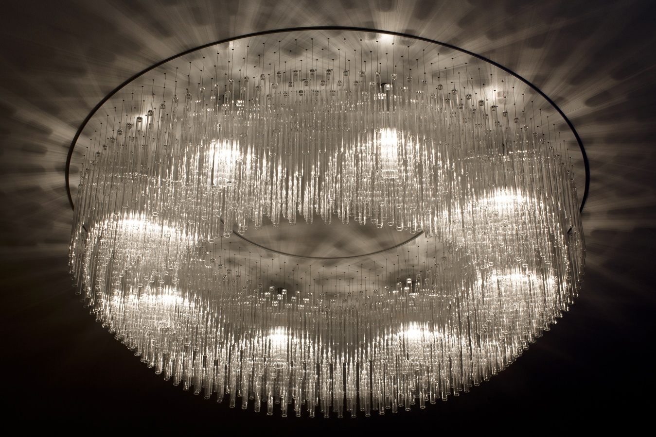 George Singer Modern Chandeliers And Lighting Installations One Thousand Chandelier Photo 5 Www Georgesinger Co Uk