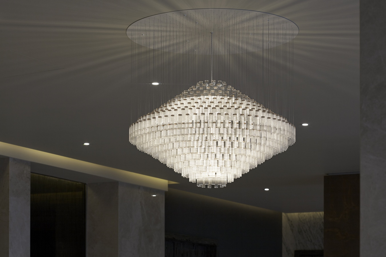 George Singer Modern Chandeliers And Lighting Installations Deco 3 Chandelier High Res Photo 2 Www Georgesinger Co Uk
